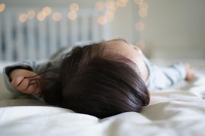 علاج تساقط الشعر عند الأطفال