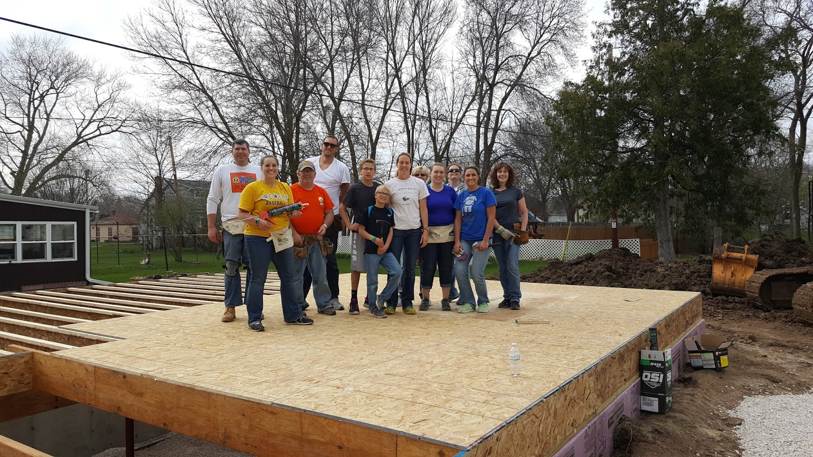 van horn auto group blog van horn employees help with habitat for humanity build in fond du lac. Black Bedroom Furniture Sets. Home Design Ideas