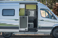 Mercedes-Benz Sprinter 4x4 Winnebago Revel (2018) Side