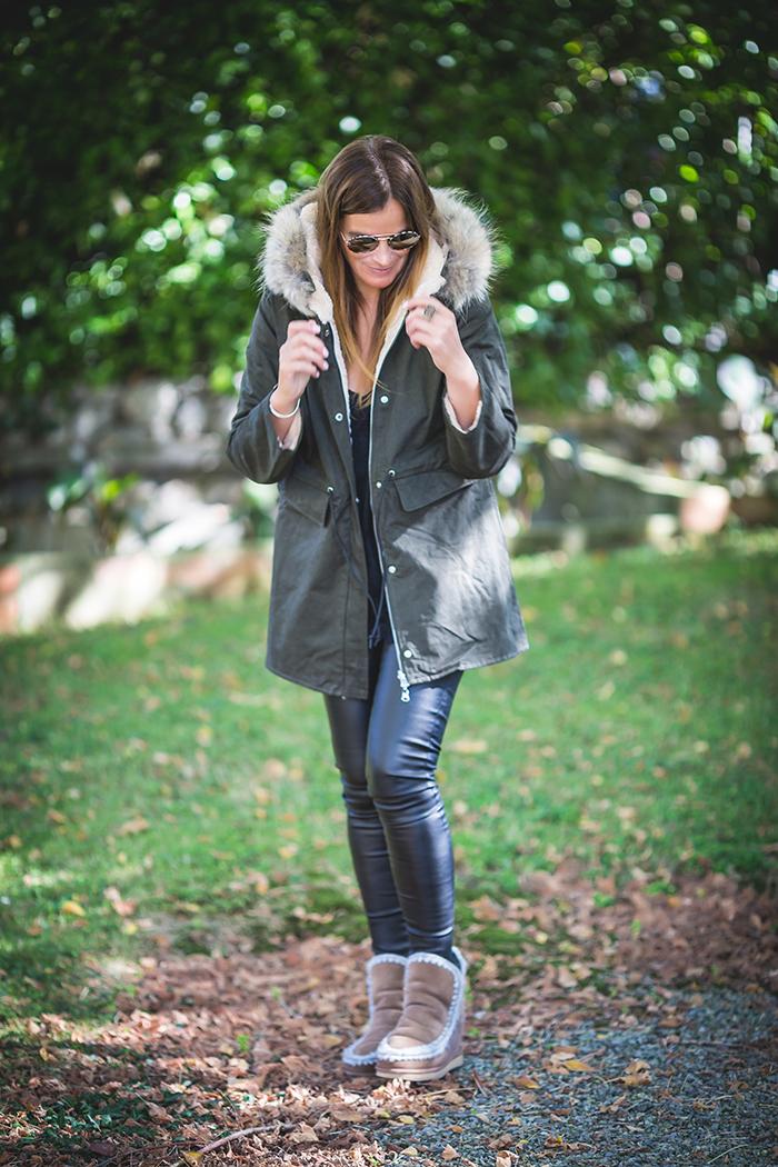 Parka Verde , Pelo natural , es cuestión de estilo , Lucía Díez , Personal Shopper .Pantalón encerado .Shop online