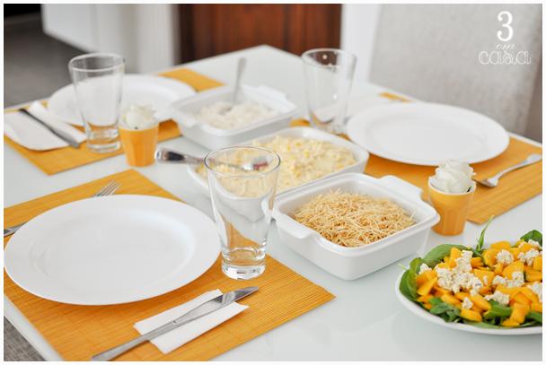 mesa posta para almoço
