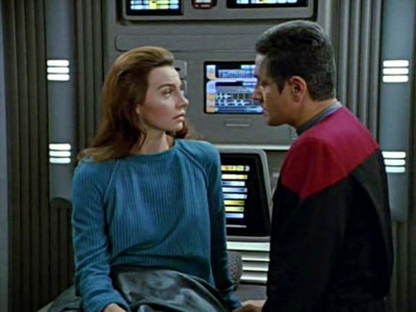 Star Trek: Voyager - Season 1 Episode 11: State Of Flux