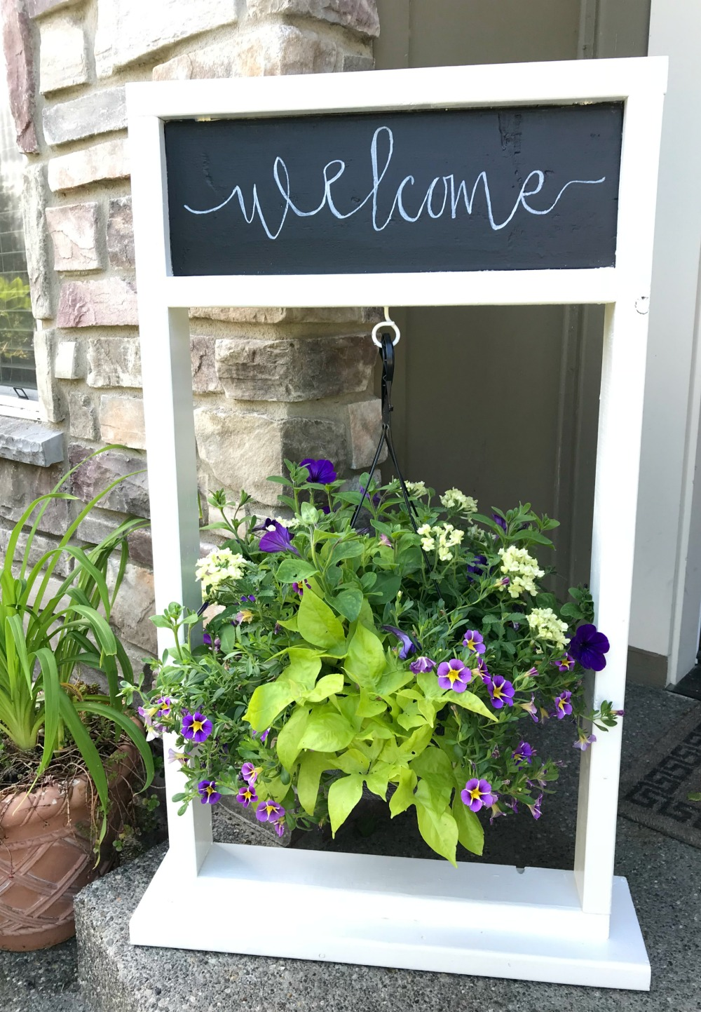 Painted Wooden Hanging Plant Stand with Chalkboard ... on Hanging Stand For Plants  id=36513