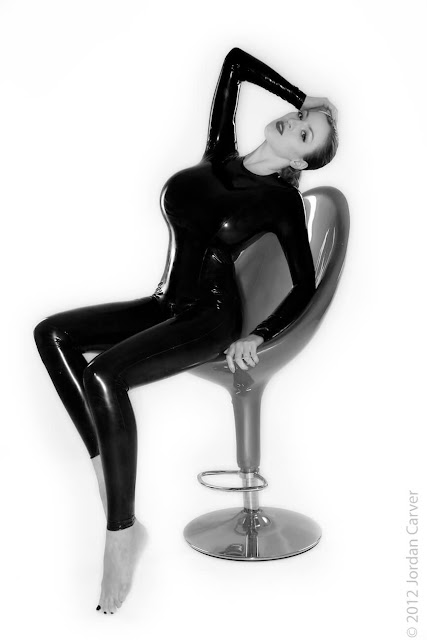 Jordan-Carver-Sandine-Hot-Photoshoot-in-Catsuit-356318