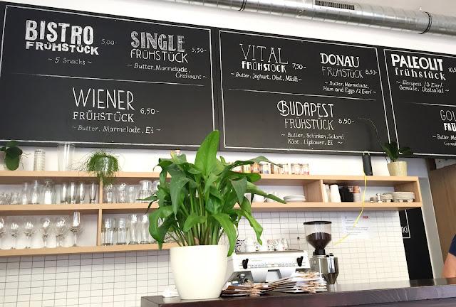 Budapest Bistro Vienna Frühstücken in Wien Travel Food Reisen Blogger