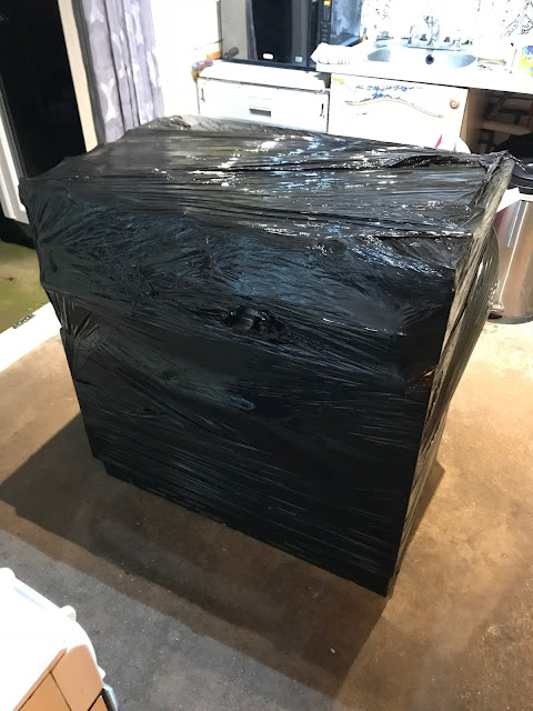 shrink wrapping a range cooker