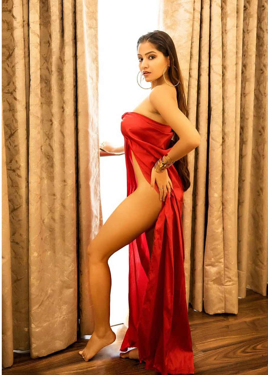 Symrann K Hot Images, she is one of the most hot and sizilling girl see symrann nued pic