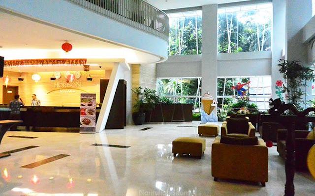 Bagion lobi hotel uhorison ultima Malang