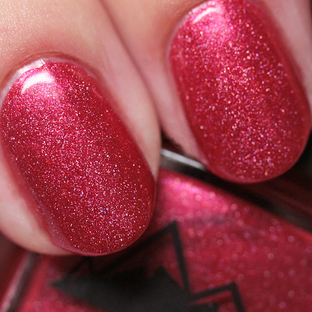 3 Oh! 7 Nail Lacquer Under the Mistletoe