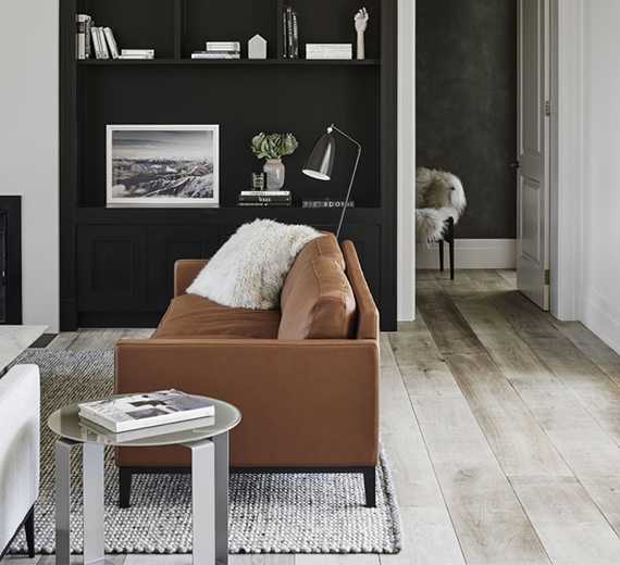 Pleasant 10 Black Painted Walls To Inspire You My Paradissi Largest Home Design Picture Inspirations Pitcheantrous