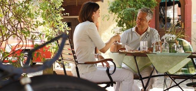 Niemcy, niemiecka kuchnia, co jeść w Niemczech, niemieckie wina, niemieckie sery, sery, szlak wina, szlak sera, niemieckie winnice,