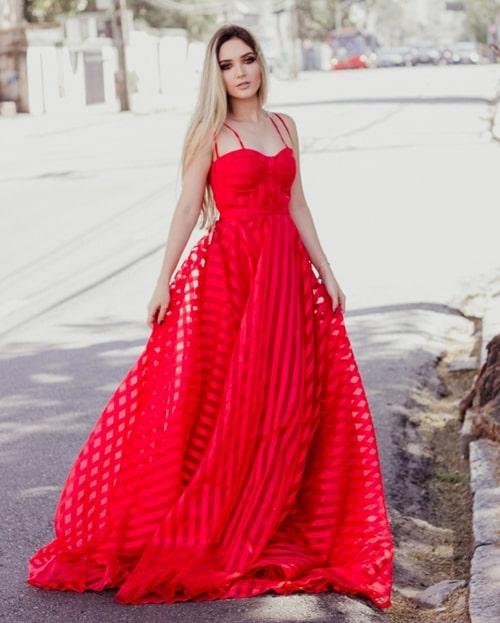 vestido de festa longo vermelho listrado