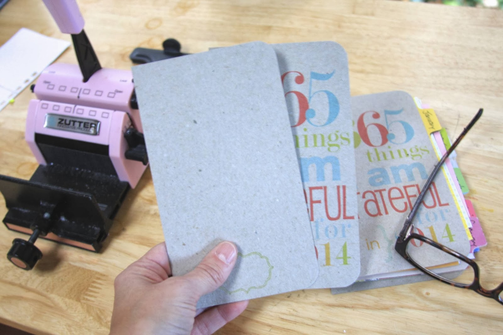 Bind-It-All Gratitude Journal Tutorial | iloveitallwithmonikwright.com