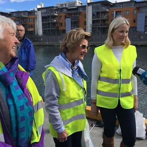 Queen Sonja and Crown Princess Mette-Marit of Norway visit Sandefjord Waste Clearing Team (Sandefjord søppelplukkerlag)