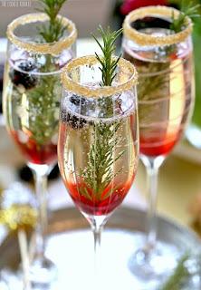 http://2.bp.blogspot.com/-KKvoFNTc7BM/VnnXw3Gs-bI/AAAAAAAAAcg/fQr-OkjrOYk/s1600/Champagne-Cocktail-Holiday-Cocktails-Recipe.jpg