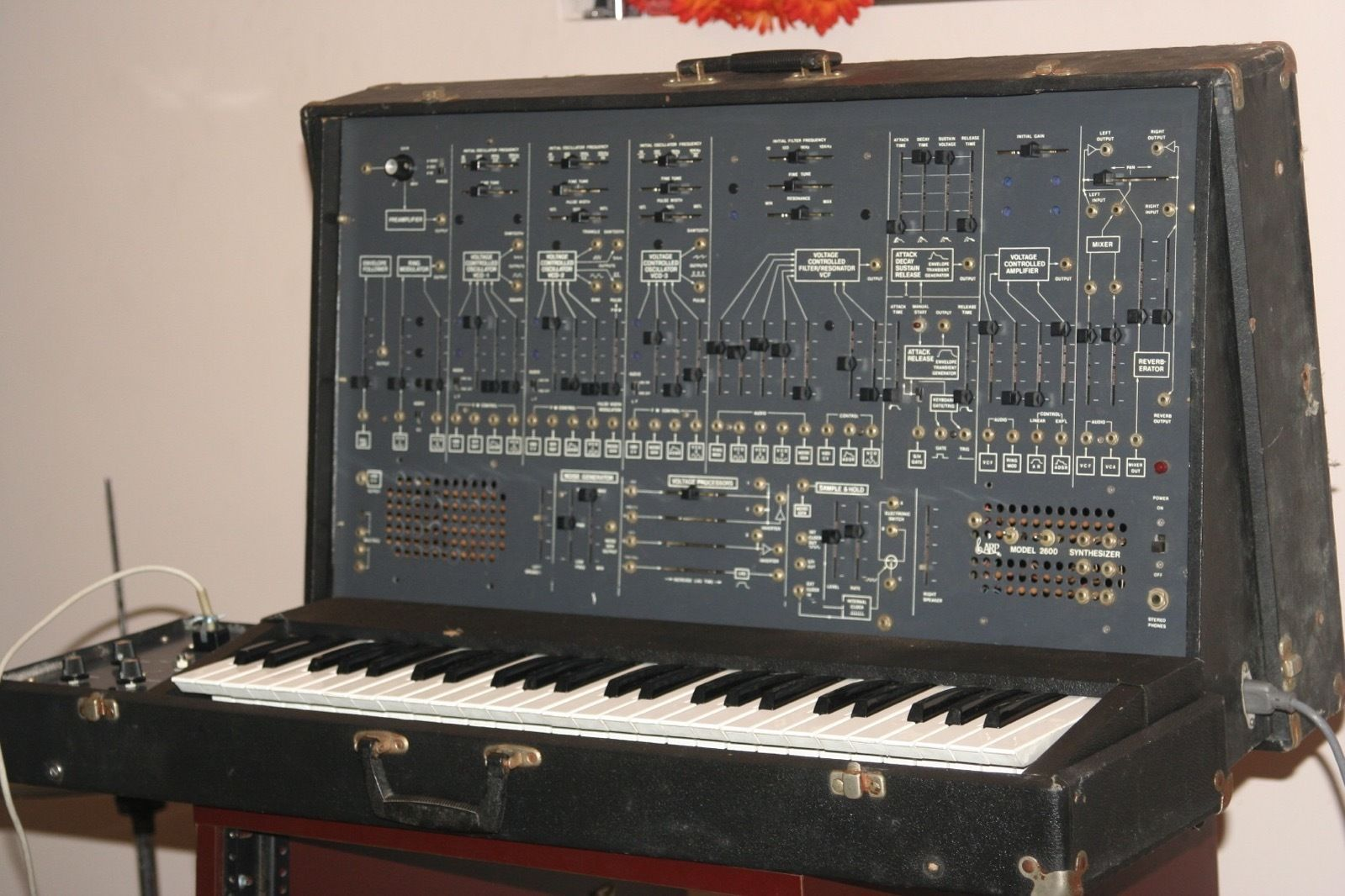 MATRIXSYNTH: ARP 2600 WITH 3604-P KEYBOARD VINTAGE SYNTHESIZER