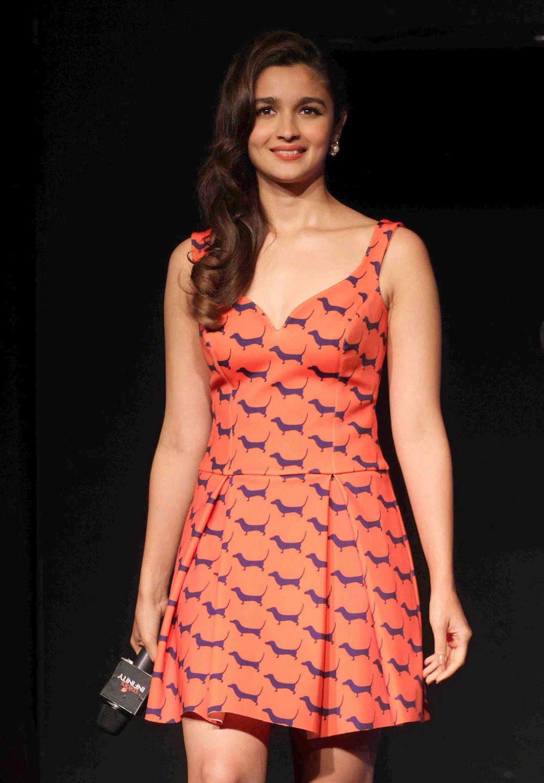 Alia Bhatt Hot Leg Show Photos In Orange Dress