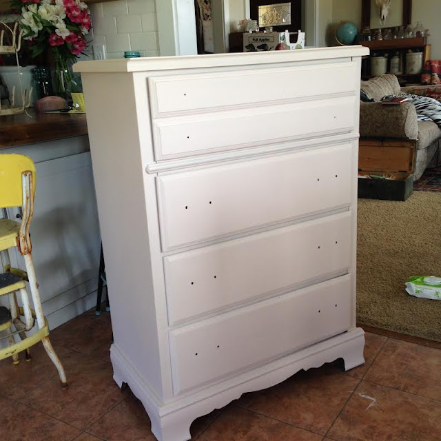 Dresser Makeover | Tones for Tots | Fusion Paint Little Piggy Progress