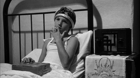 Image result for tatum o neal smoking paper moon