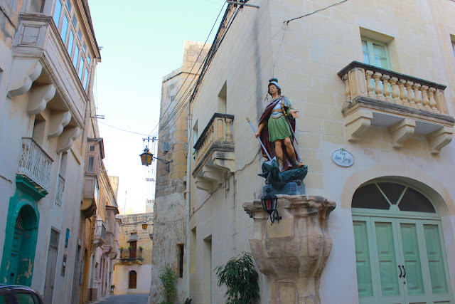 Per le vie di Gozo - Foto di Elisa Chisana Hoshi
