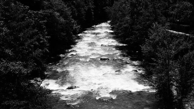Merano, il fiume Passirio dal Ponte Romano