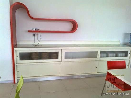 Projects Hotel Pop Bandara Cengkareng: Custom Furniture set Kabinet Rak Piring dan Peralatan Makan Area Makan Food Court Cafe Restoran