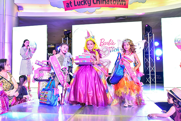 Barbie Dreamtopia Pink Fashion Runway