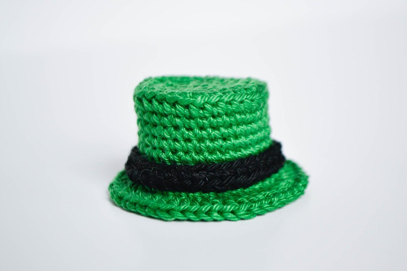 La Cigogne: St. Patrick\'s Day Top Hat Free crochet pattern