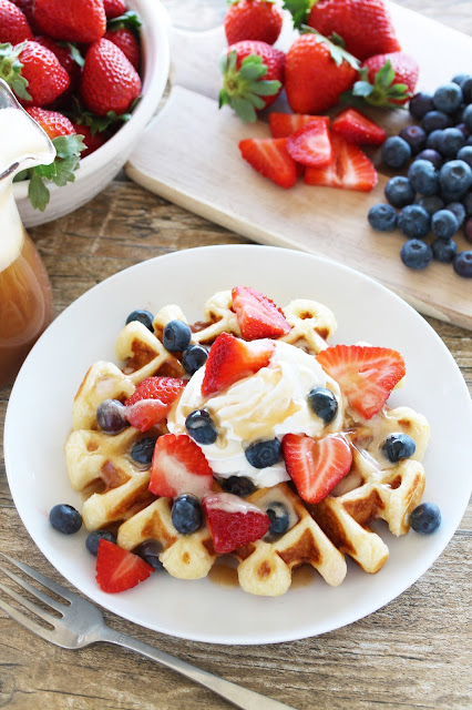 Making homemade waffles has never been easier! This waffle is fail proof and can be made ahead and kept in the fridge for up to 5 days. A homemade waffle for breakfast sounds just about right!