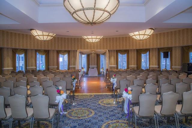 Wedding Venue Cleveland Wyndham Hotel at Playhouse Square