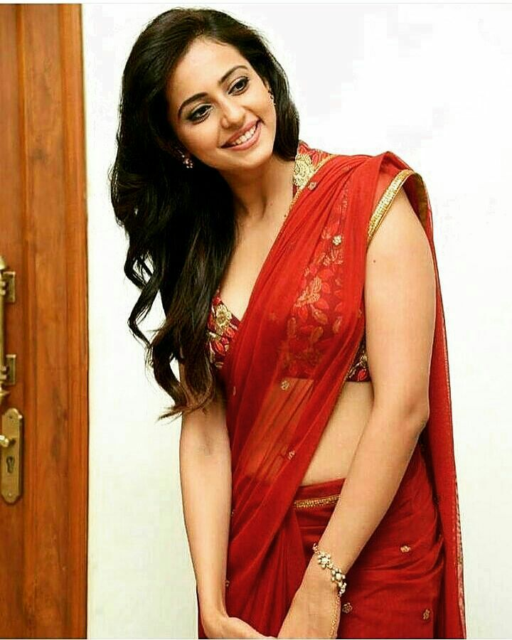 Bollywood Actress Hot Photos In Saree Hd Wallpapers-1792