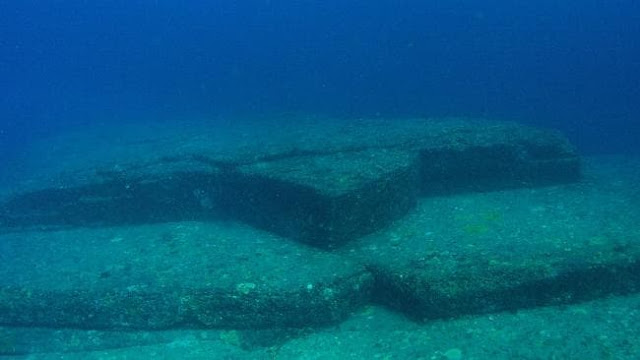 The Underwater Ruins of Japan: Yonaguni Monument