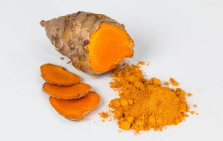 Not only to whiten the skin, turmeric is also effective for whitening teeth and eliminating harmful microbes