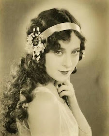 Impressive Hairstyles Extraordinary 1920s Hairstyles For Long Hair