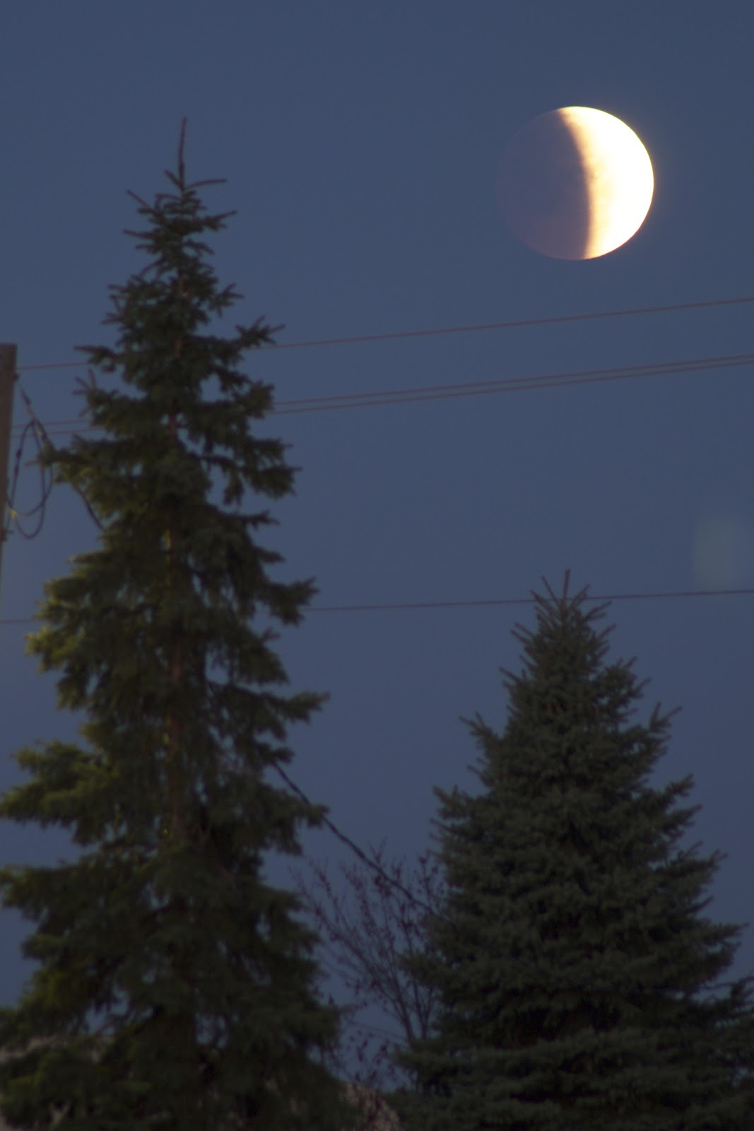 lunar eclipse photo april 4, 2015