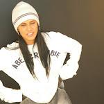 Andrea Rincon, Selena Spice Galeria 19: Buso Blanco y Jean Negro, Estilo Rapero Foto 2