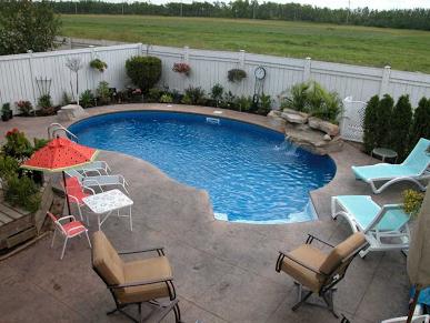 contoh kolam renang berukuran kecil