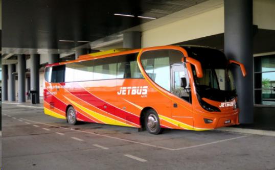 Perkembangan Bus Pariwisata AC Suguhkan Kenyamanan Liburan Anda