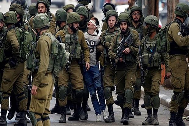 Viral, ABG Palestina dengan Mata Ditutup dan Diseret Banyak Tentara Israel