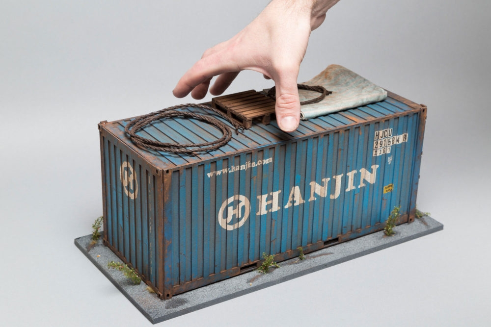 13-Hanjin-Shipping-Container-Hong-Kong-Docks-Joshua-Smith-Miniature-Sculptures-and-Stencils-to-Create-Architecture-www-designstack-co
