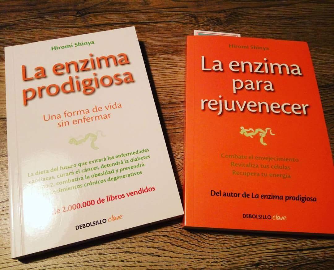 También habla del estilo de vida hablando sobre la importancia del  ejercicio. Son libros que se leen de manera muy fácil y amena. Altamente  recomendable.
