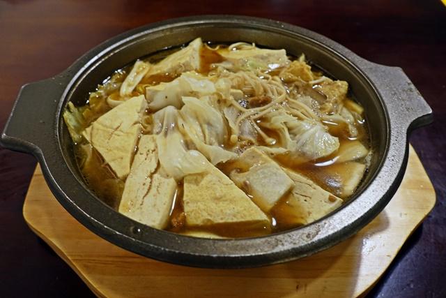 鴻金寶全素豆腐煲~台北松山葷素臭豆腐