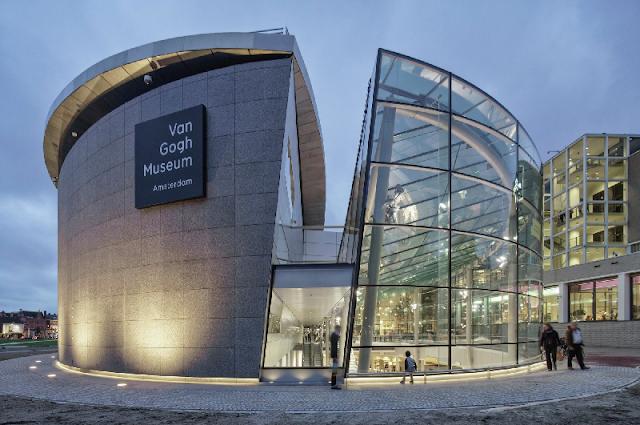 Cruzeiro pelos canais e Museu Van Gogh em Amsterdã