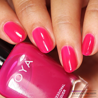 Nail polish swatch and review of Zoya Paris from the Brites jelly trio collection.