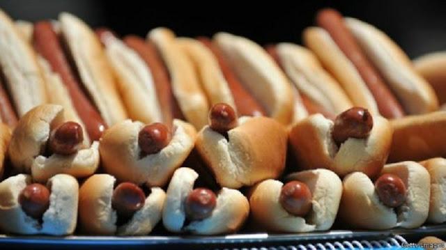 Demi Sertifikat Halal, Nama Hot Dog di Malaysia 'Harus Diganti'