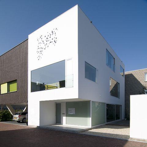 Casa en groningen de bahama architects arquitectura y for Arquitectura y diseno de casas