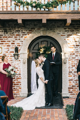 bride and groom i do kiss