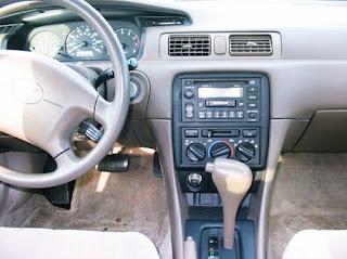 1999 Toyota Camry LE Specs Interior