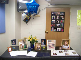 graduate photo table