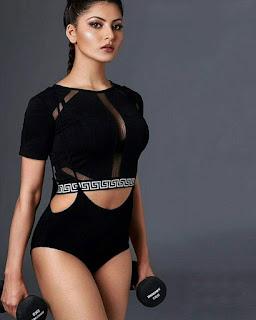Sexy Urvashi Rautela in FHM Magazine